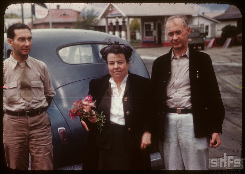 Mr & Mrs C. W. Balon - Robert Neubaum - U. of S. co-op tour.	 Moosomin	 08/08/1946