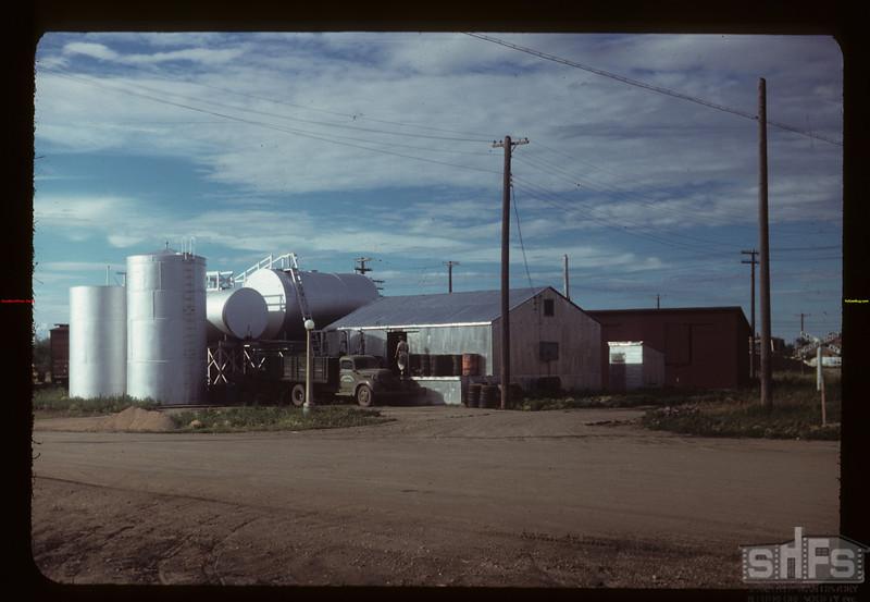 Davidson co-op oil tanks and warehouse Davidson 07/26/1949