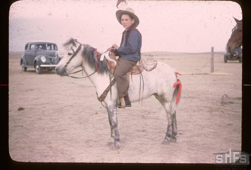 Mankota ponies. Mankota 06/05/1946