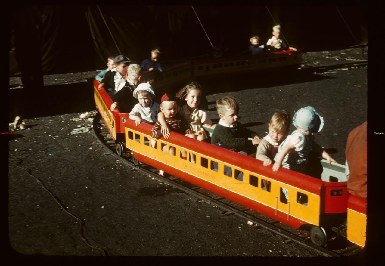 Junior train - Regina Fair.  Regina.  08/03/1946