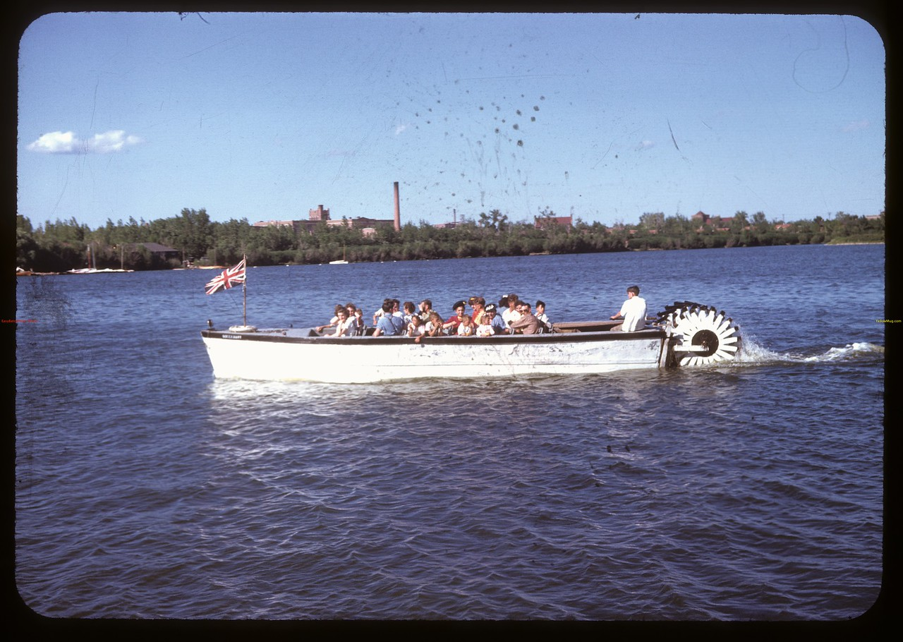 """Queen Mary"" on Wascana Lake. Regina 07/06/1947"