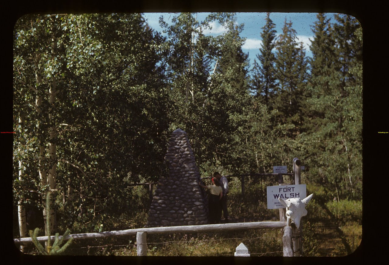Mounted Police Cairn and cemetery Fort Walsh 08/27/1948