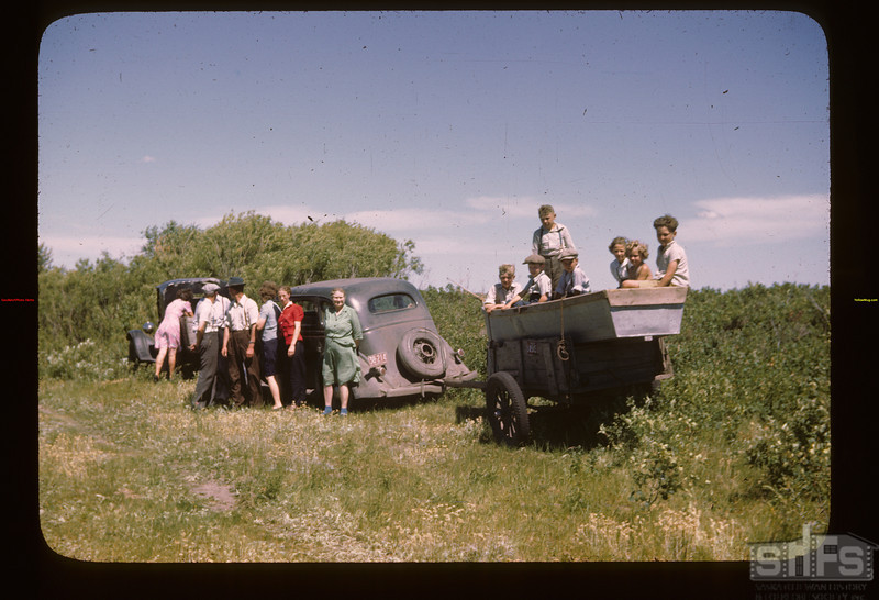 Arriving for the picnic Fishing Lake 07/21/1946