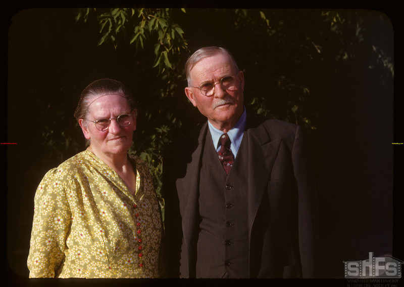 Mr. and Mrs. E.E. Frisk - Director for Federated Co-ops.  Regina.  08/11/1947
