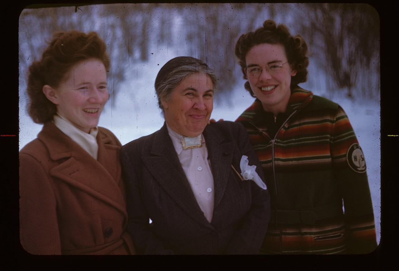 Girl's Guides Y-T-S- Kenosse Lake 11/27/1946
