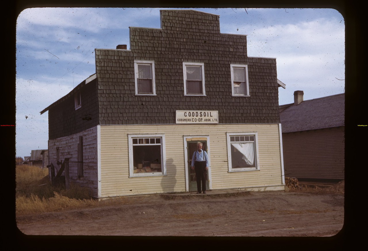 Co-op store - Fred D. MacIntosh manager Goodsoil 10/03/1943