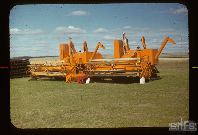Co-op Harvester combines Matador Co-op Farm	 Matador	 05/15/1948