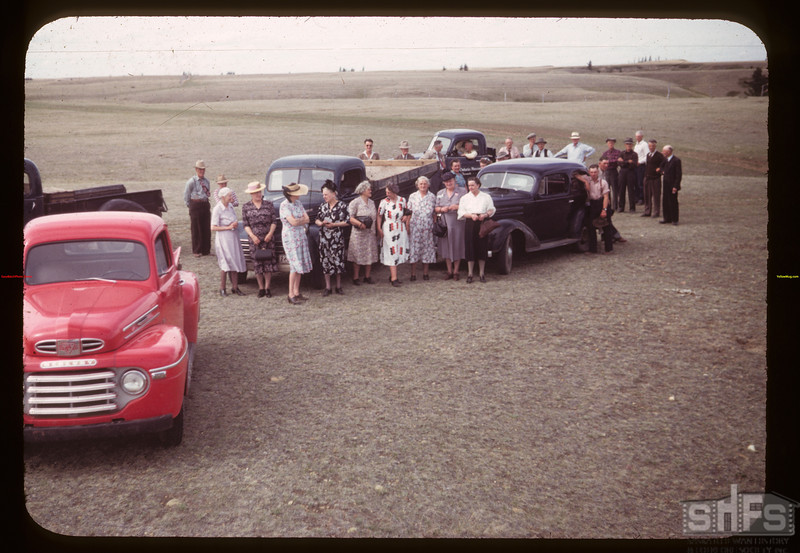 Co-op Recreation Tour Stop at Picard's H2O Eastend 06/28/1949