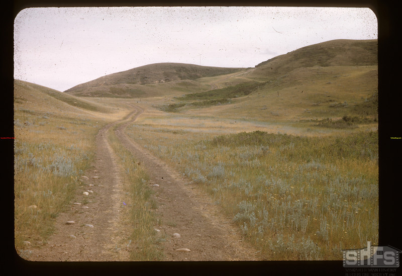 Down the hill - road to Knollys siding. Knollys 07/18/1948