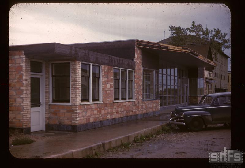 New Lashburn Co-op. store. Under construction Lashburn 09/20/1947