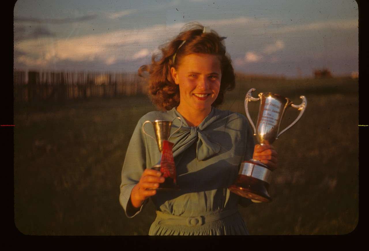 Nora Way. [probably Ferland calf club]	 Mankota	 06/08/1948