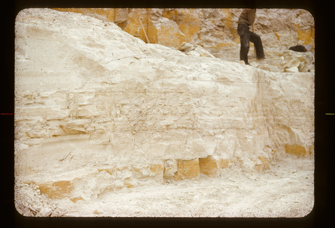 Pottery clay - white mud mine	 Eastend	 09/10/1941