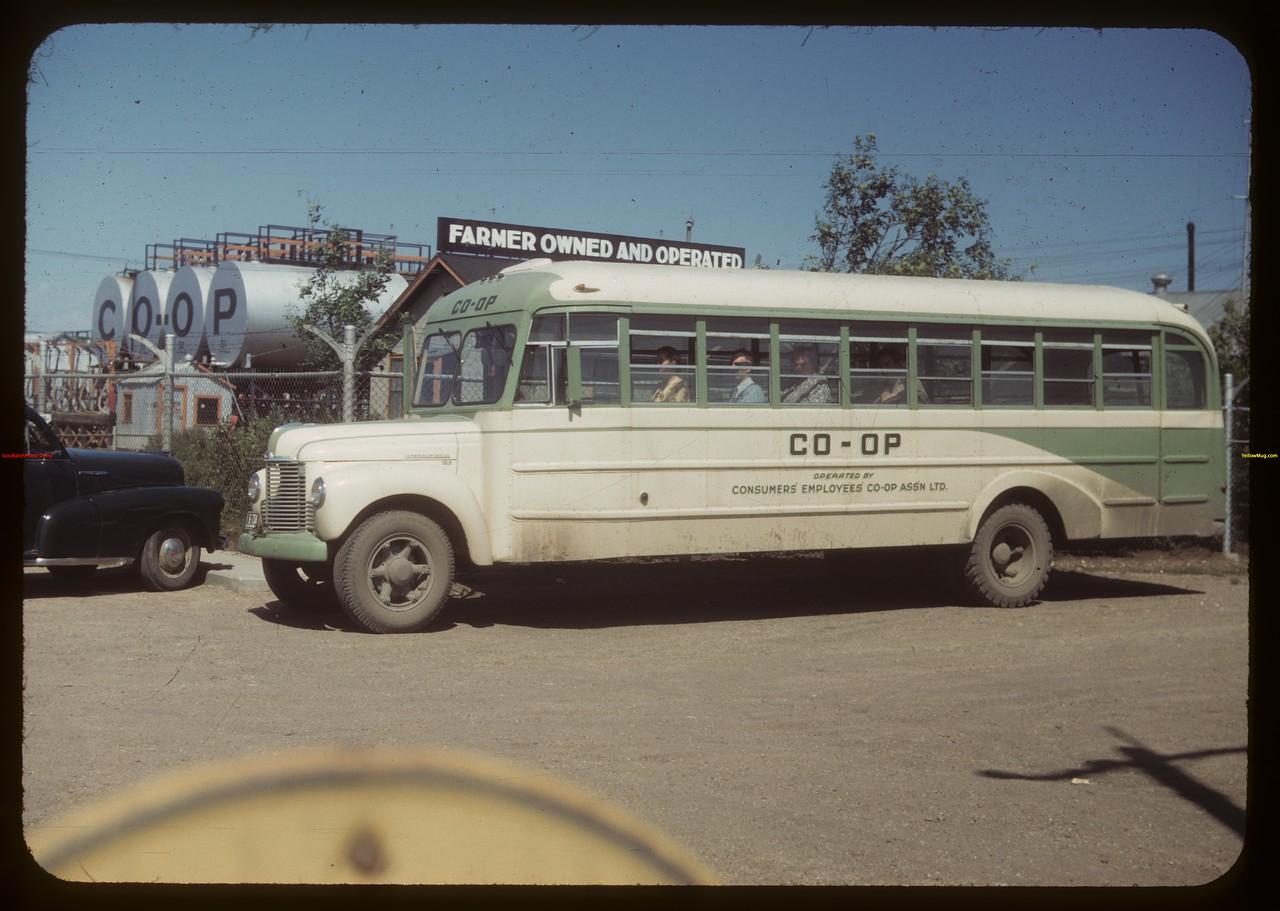 Consumer's Co-op Refinery employees bus.  Regina.  07/16/1949