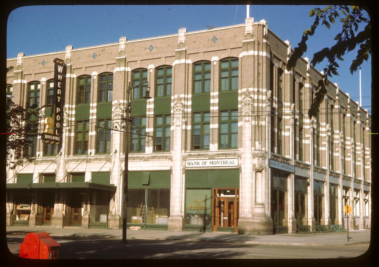 Head office Sask. Co-op Producers Victoria Ave and Albert Street.  Regina.  07/19/1946