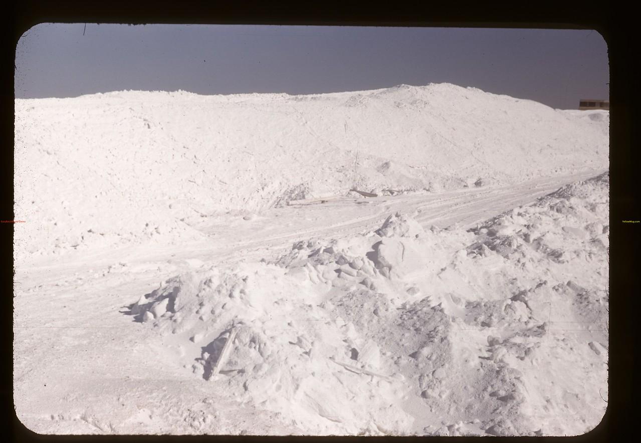 NaSO4 precipitated in reservoir near Chaplin. 05/28/1948