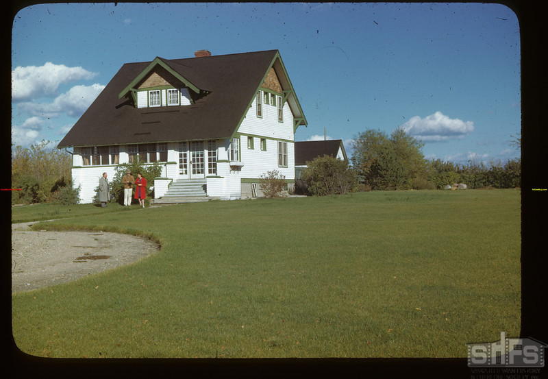 Home of Jack MacPhail - Dominion Experimental Farm Melfort 09/28/1946