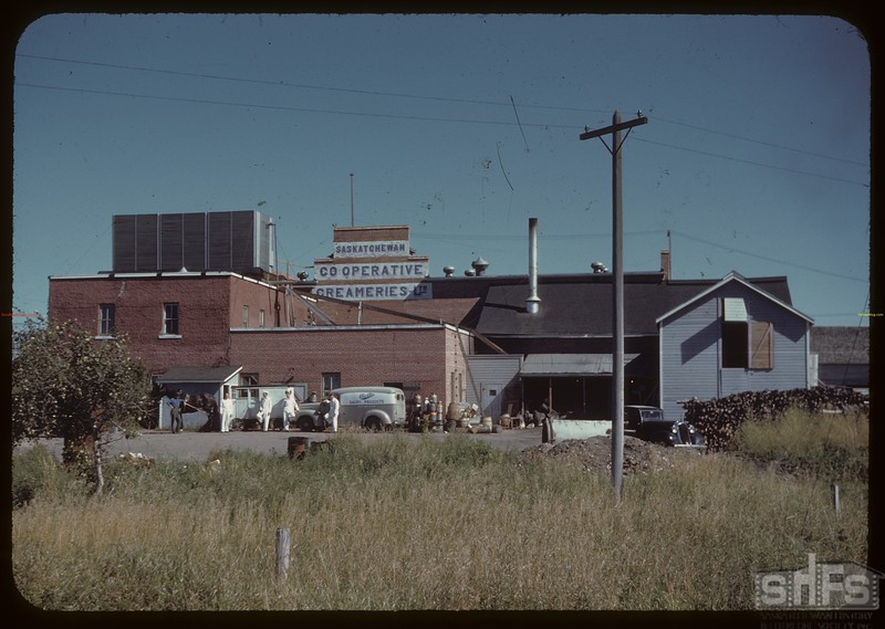 Co-op Creamiers building from the west.	North Battleford. 08/31/1944