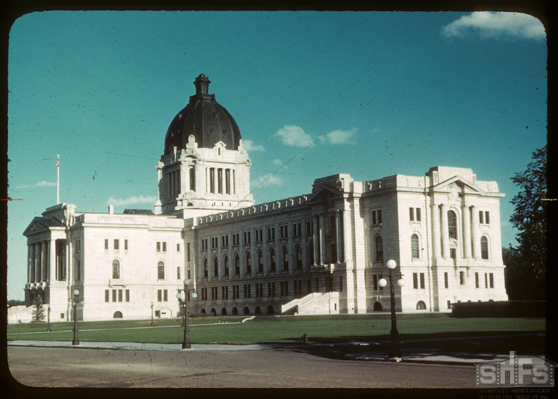 Legislative building.  Regina.  08/11/1946