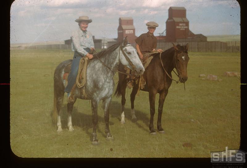 Lynn Smith - Calf Club meet and show. Mankota 06/08/1948