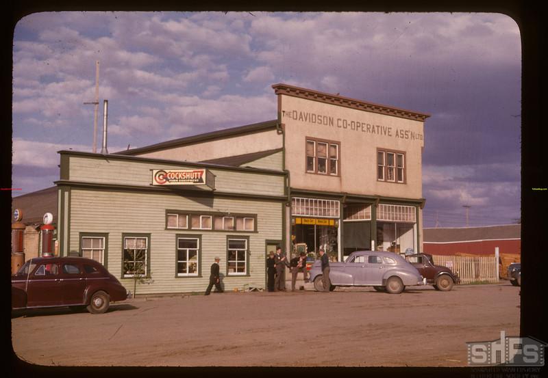 Davidson co-op store Davidson 05/17/1947