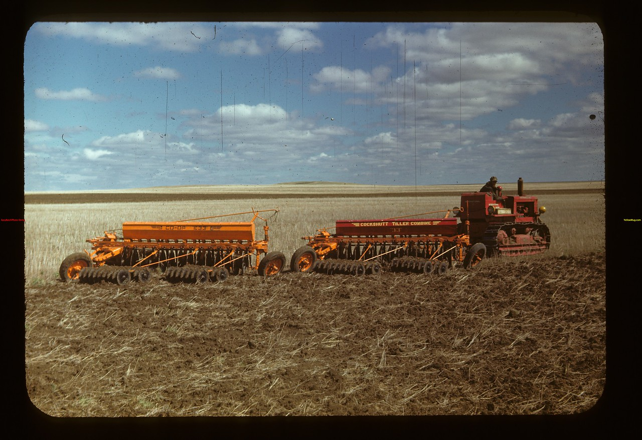 Cat-pulls 2 Co-op. tiller combines. Matador Co-op Farm Matador 05/15/1948