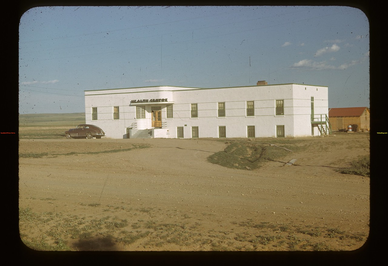 New health centre.	 Mankota	 06/08/1948
