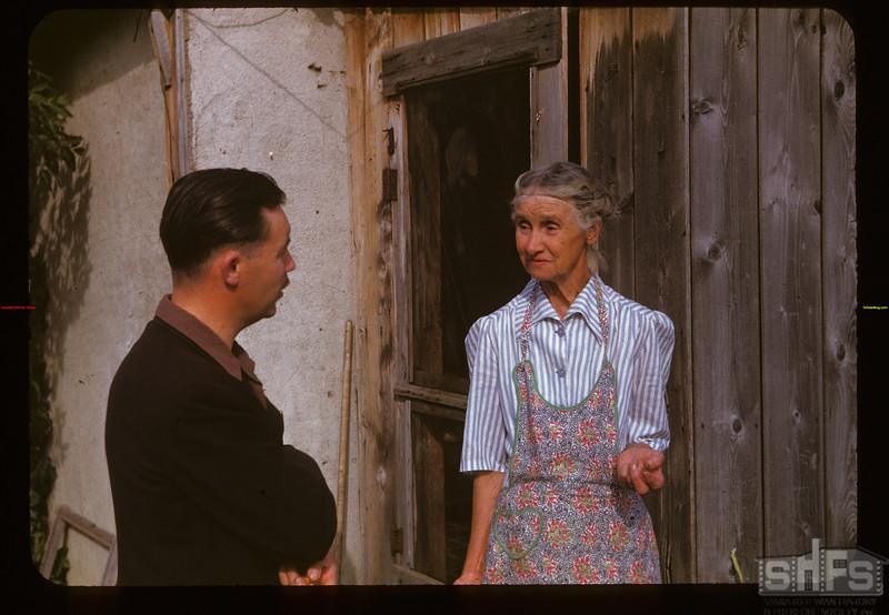 Howard Tyler (wheat pool) interviews Mrs.Am. Price Indian Head 09/03/1947
