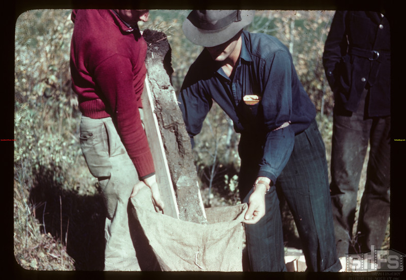 Packing soil profile in bag Loon River 09/23/1944