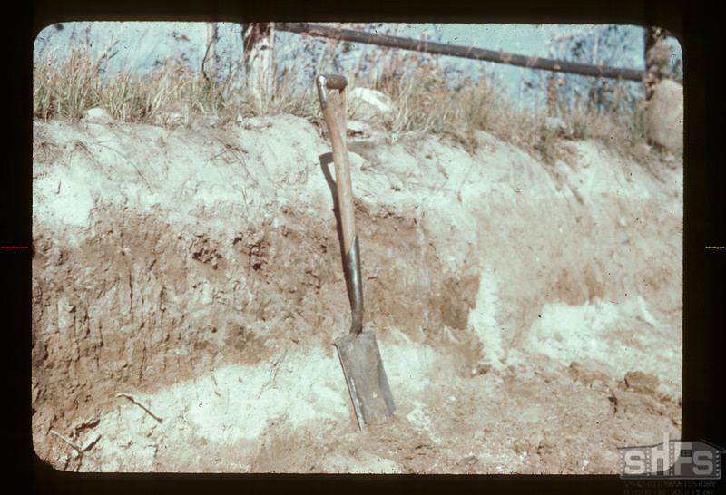 Soil horizons	 Golden Ridge	 09/23/1944