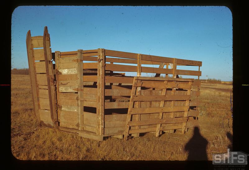 Truck rack - gangway and smooth inside Glen Ewen 10/02/1944