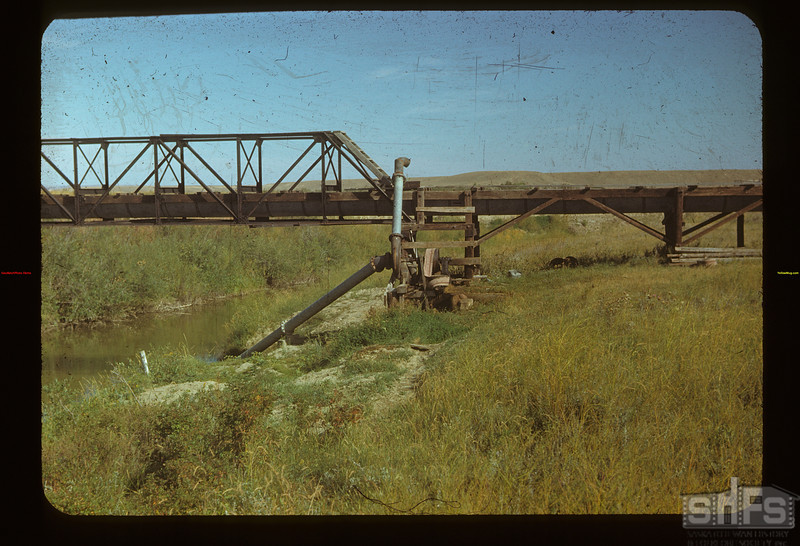 "Irrigation Punping from the ""White Mud""	 Eastend	 09/03/1948"