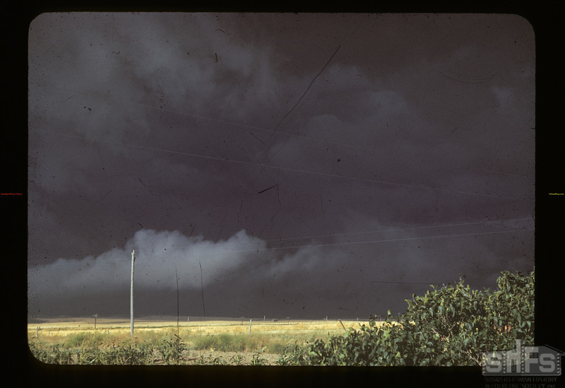 Wind & hail and rain. Mankota. 08/26/1942