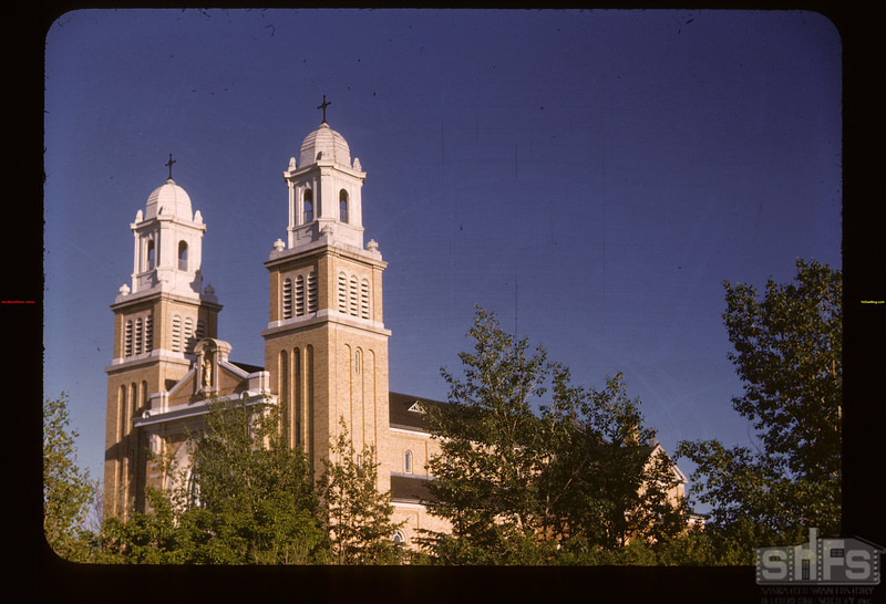 Cathedral	 Gravelbourg	 06/11/1947