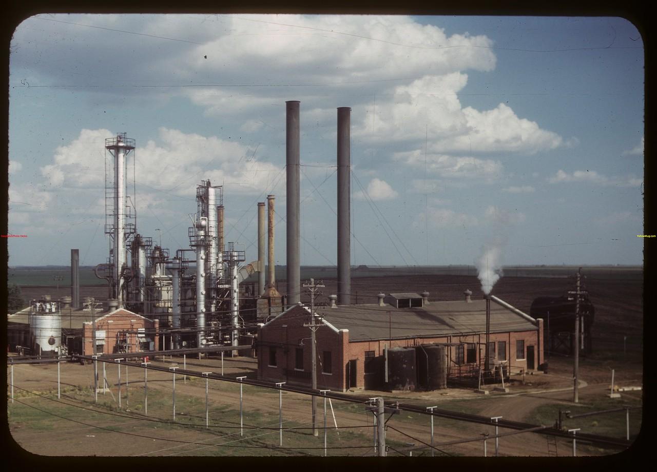 Consumer's Co-op refinery.  Regina.  07/15/1949