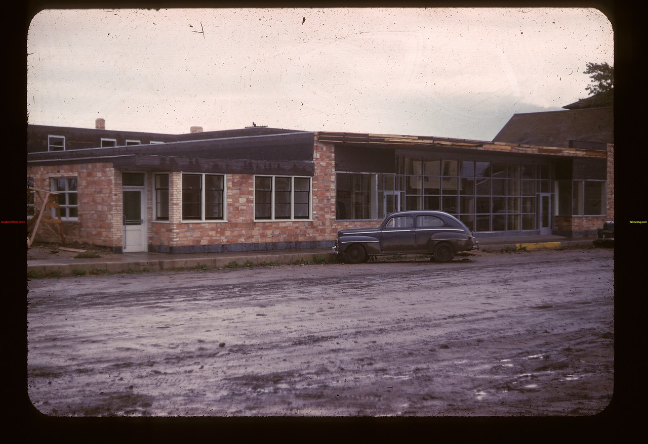 Under construction New Lashburn Co-op store	 Lashburn	 09/20/1947