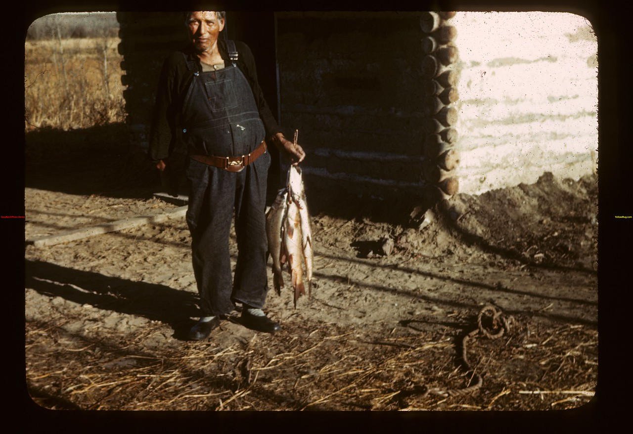 Chief Petkukuk & catch Loon Lake 10/29/1943