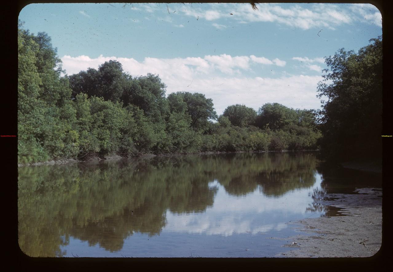 Assiniboine River south of Burney Bridge NE of MacNutt MacNutt 09/02/1949