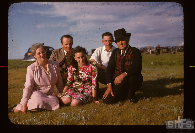 Mr & Mrs Neil McTaggart - Wells & Gladys & Neil. Gull Lake 06/18/1947