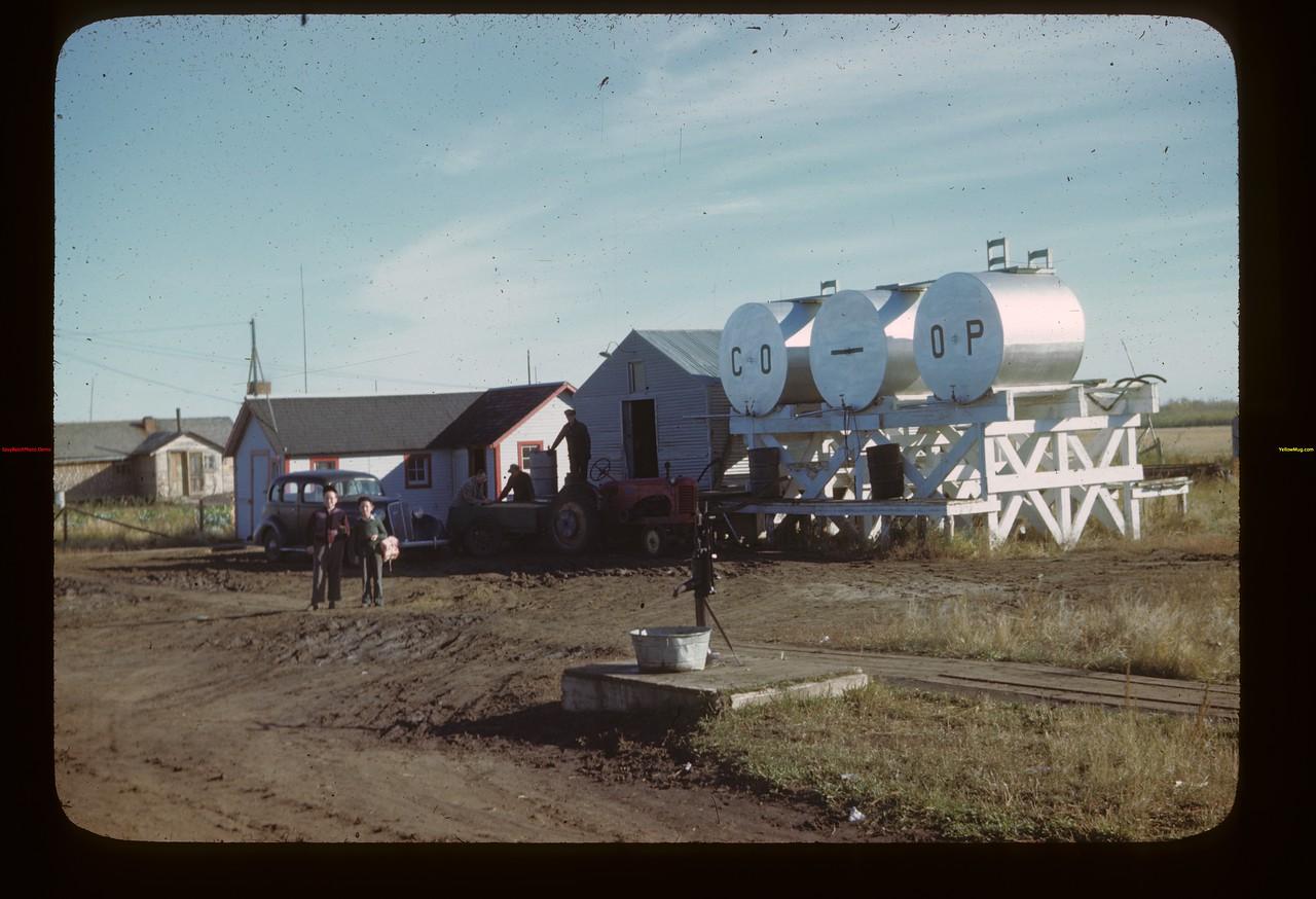 Co-op oil station Fairy Glen 09/27/1946