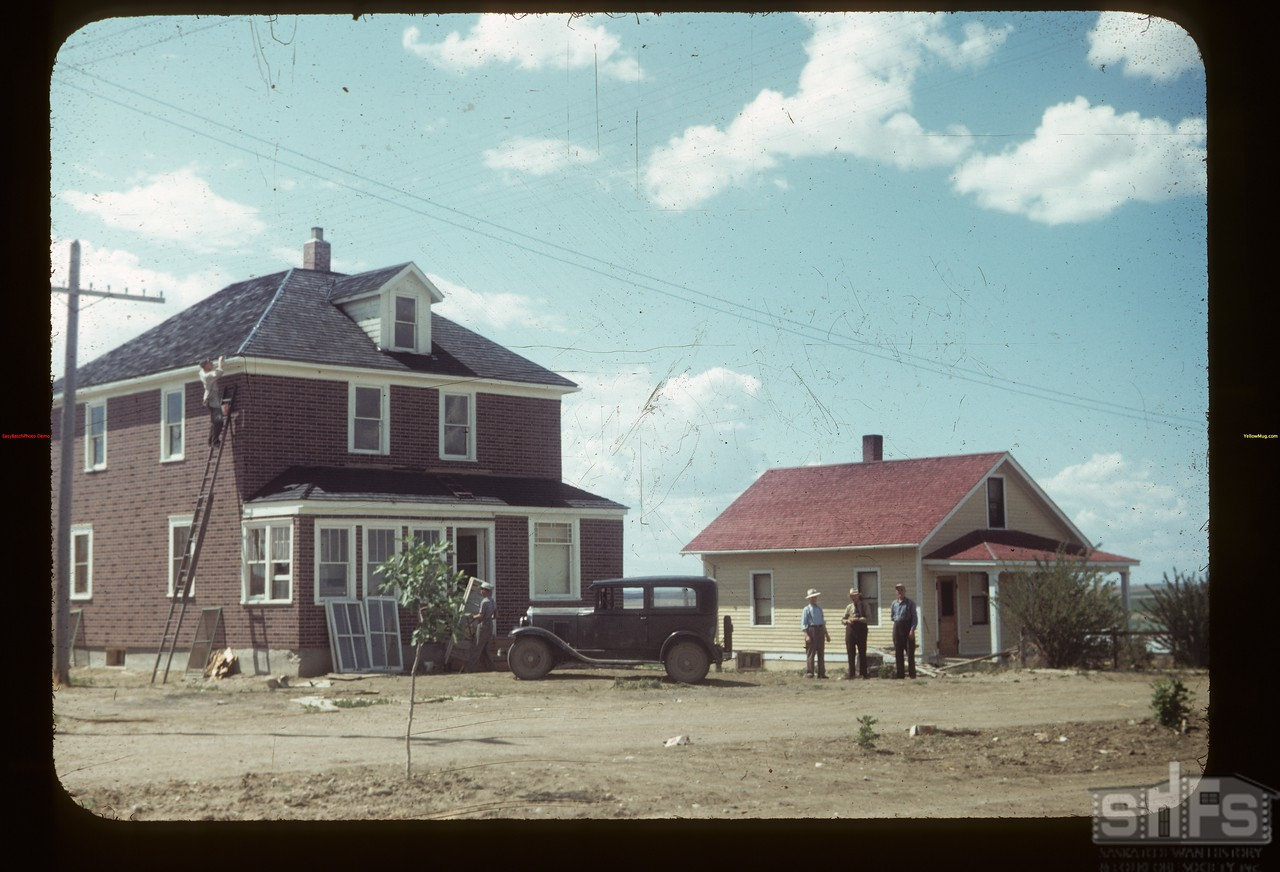 Co-op Houses for Mgrs. Lawerence Lazure & Tom Burke La Fleche 07/14/1949