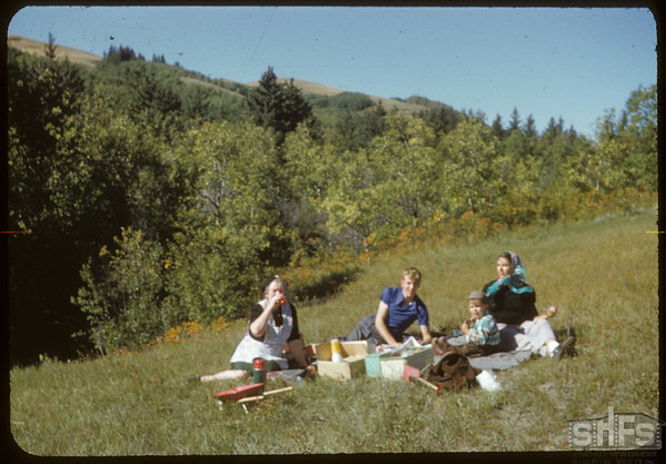 Picnic Lunch in South Fork Valley.  South Fork.  09/09/1951