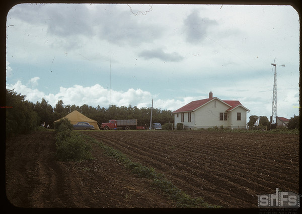 Demonstration Farm Field Day at Horace Hockett's.  Shaunavon.  07/11/1950