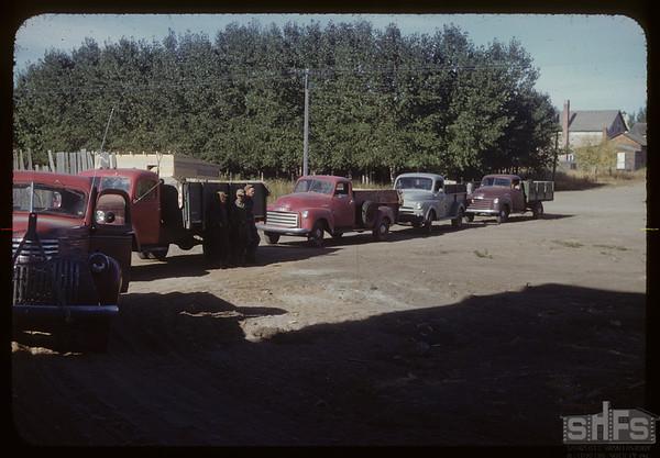 Line up for filling Pool elevator annex.  Val Marie.  09/18/1953
