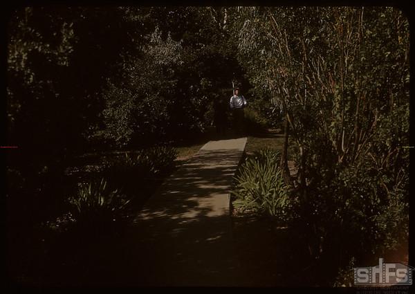 East gate Shaunavon Park..  Shaunavon.  09/04/1950