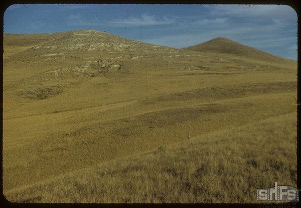 East hills of South Fork Valley - S.E. of Shaunavon Lease.  South Fork.  10/09/1954