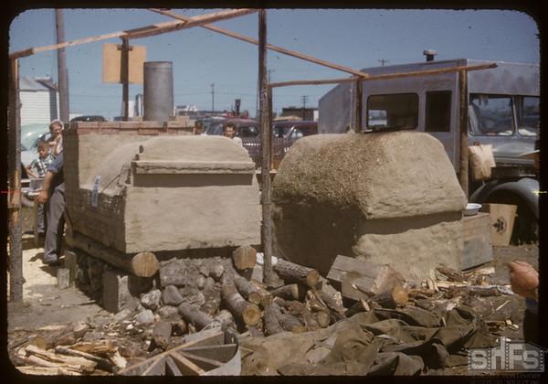 Pionera - Doukhobor Ovens.  Saskatoon.  07/06/1955