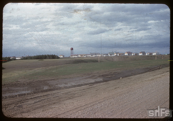 """Construction """"town-site"""" for Gardiner Dam - SW of Strongfield - site later known as Cutbank..  Strongfield.  06/09/1959"""