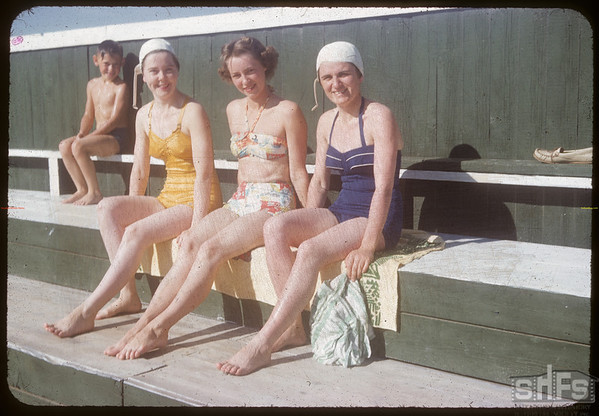 Shaunavon swimming pool - Laura Belter & Ruth Kemfer and Susie Andriniuk.  Shaunavon.  07/17/1954