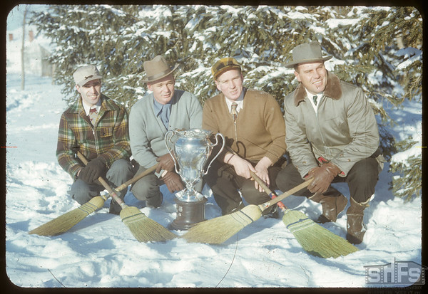 Curling - Grand Aggregate 1951.  Shaunavon.  01/27/1952