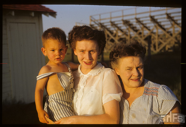 Swift Current co-op school cooks Mrs Baird - Donna - Billy.  Swift Current.  07/12/1951